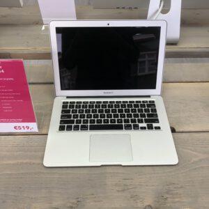 Macbook Air   13-inch 2014   4GB   121GB Flash (Marge)